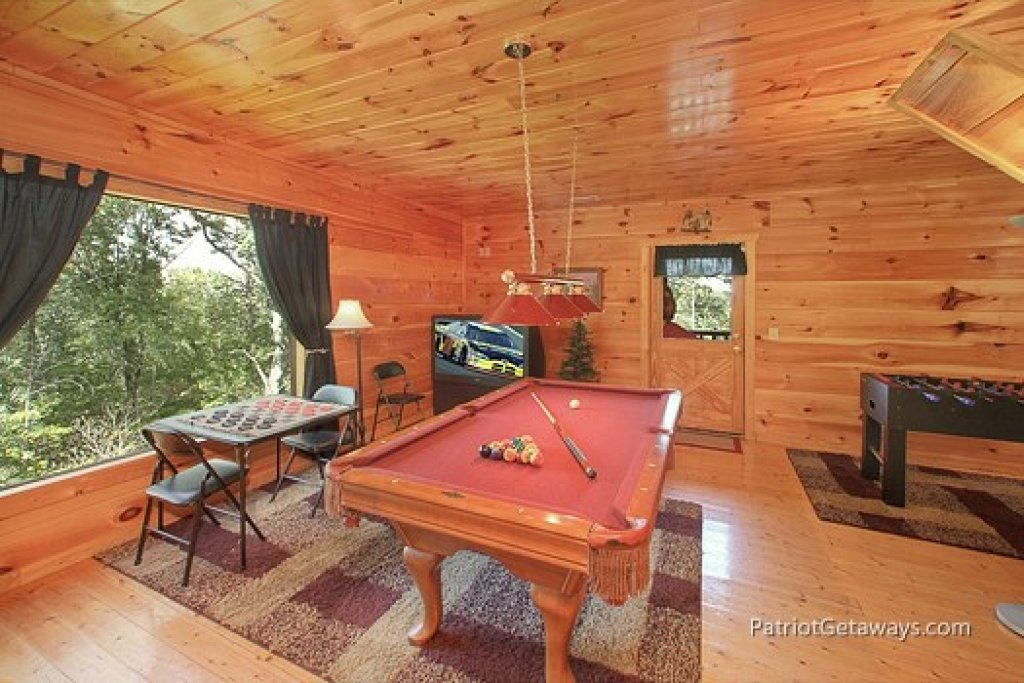 Photo of a Gatlinburg Cabin named Tranquility - This is the eleventh photo in the set.