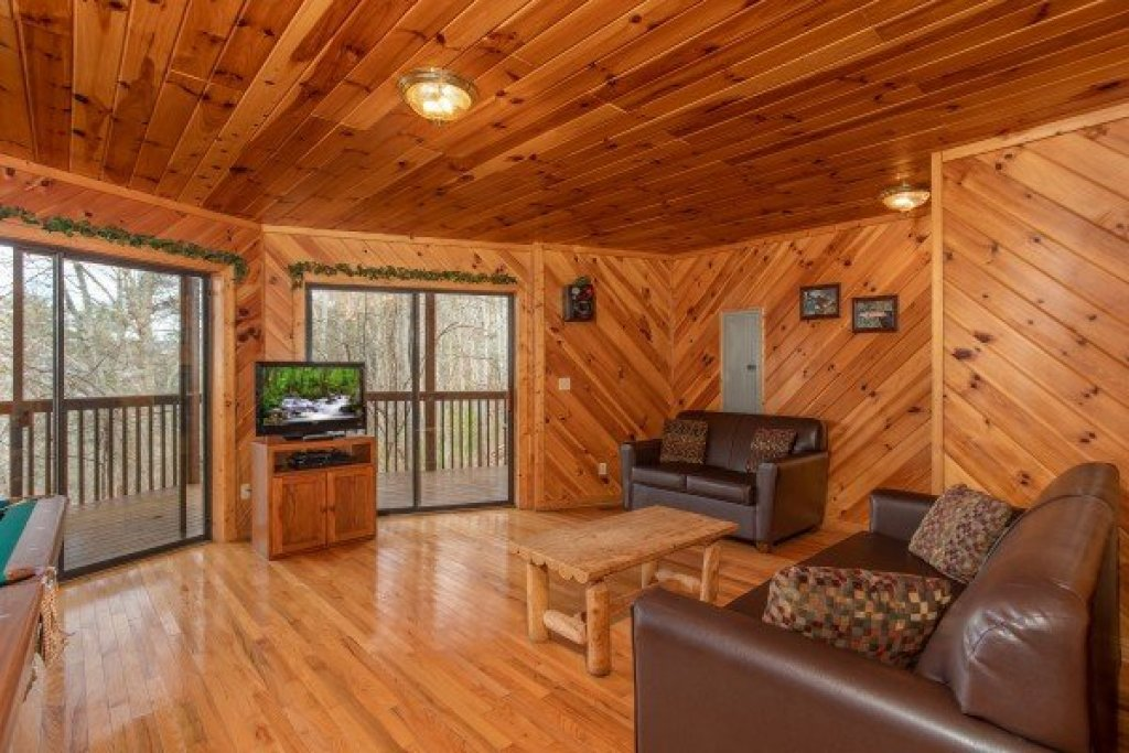 Photo of a Sevierville Cabin named Angel's Place - This is the twentieth photo in the set.