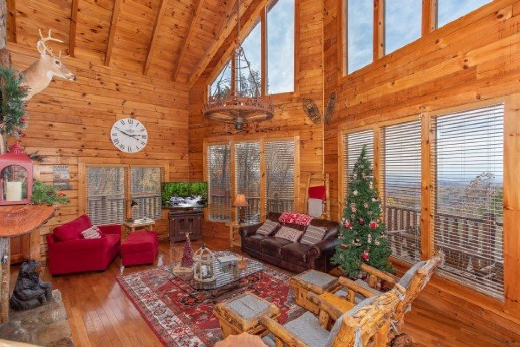 Photo of a Gatlinburg Cabin named The Original American Dream - This is the sixth photo in the set.