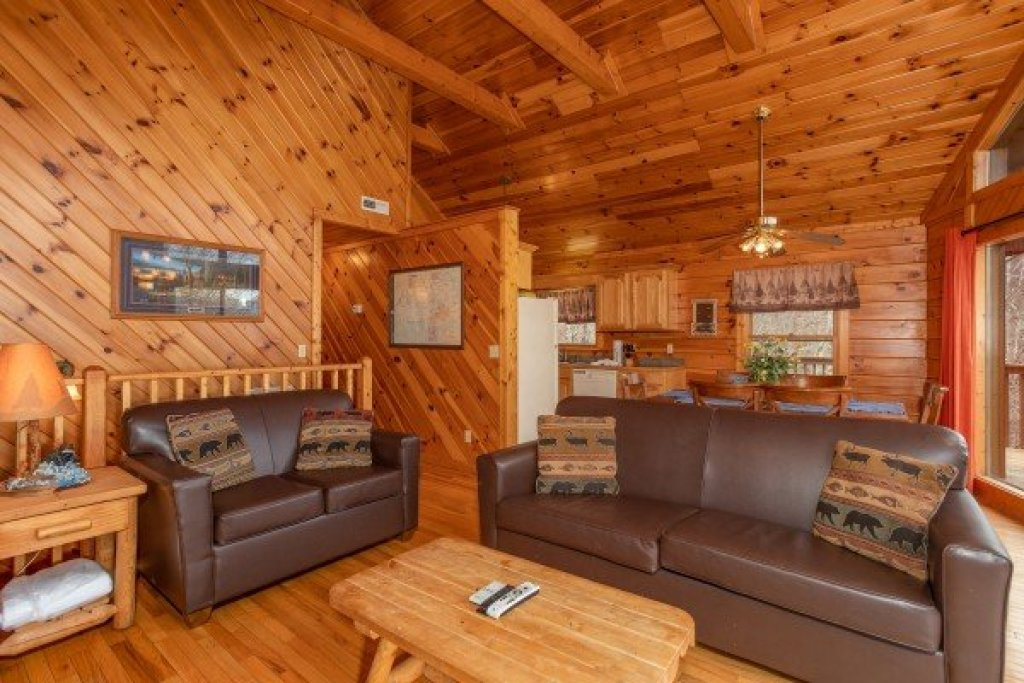 Photo of a Sevierville Cabin named Angel's Place - This is the fifth photo in the set.