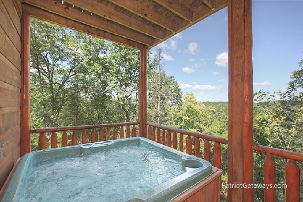 Photo of a Gatlinburg Cabin named Tranquility - This is the fifteenth photo in the set.