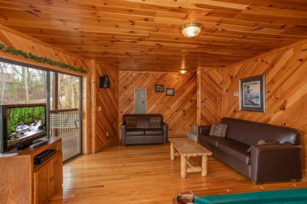 Photo of a Sevierville Cabin named Angel's Place - This is the nineteenth photo in the set.