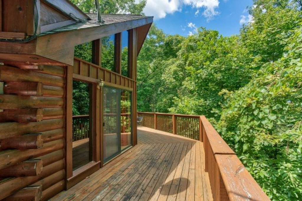 Photo of a Sevierville Cabin named Angel's Place - This is the first photo in the set.