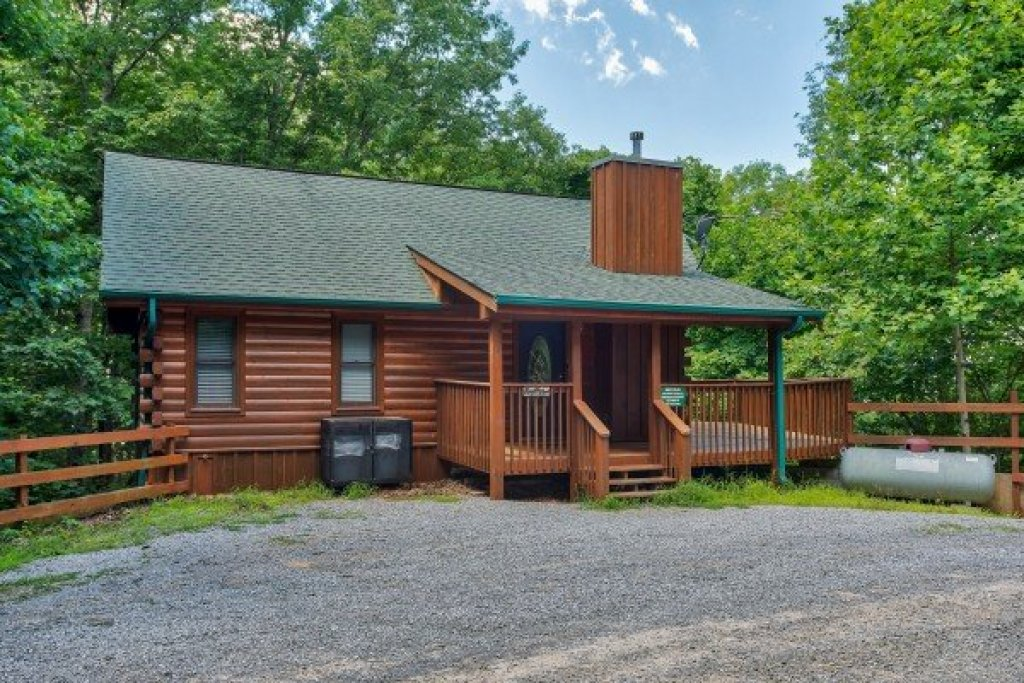 Photo of a Sevierville Cabin named Angel's Place - This is the twenty-sixth photo in the set.