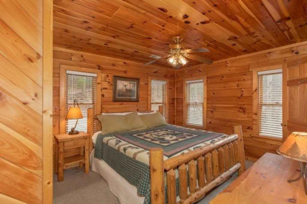Photo of a Sevierville Cabin named Angel's Place - This is the thirteenth photo in the set.