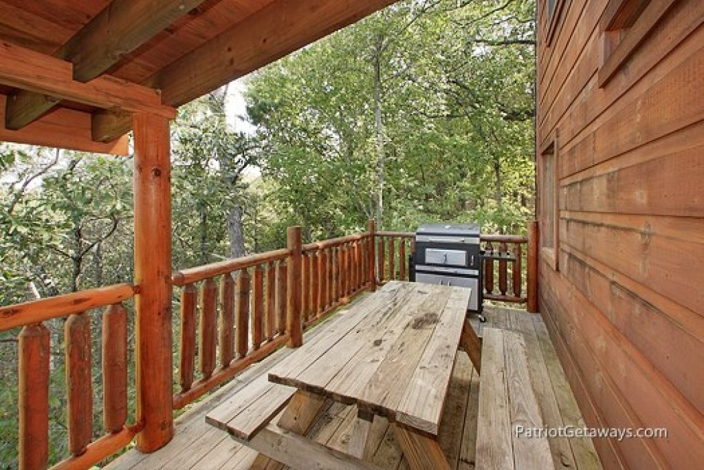 Photo of a Gatlinburg Cabin named Tranquility - This is the fourteenth photo in the set.