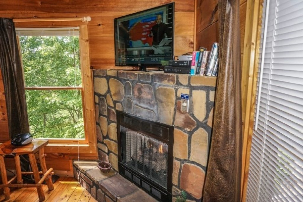 Photo of a Gatlinburg Cabin named Deerly Beloved - This is the eighth photo in the set.