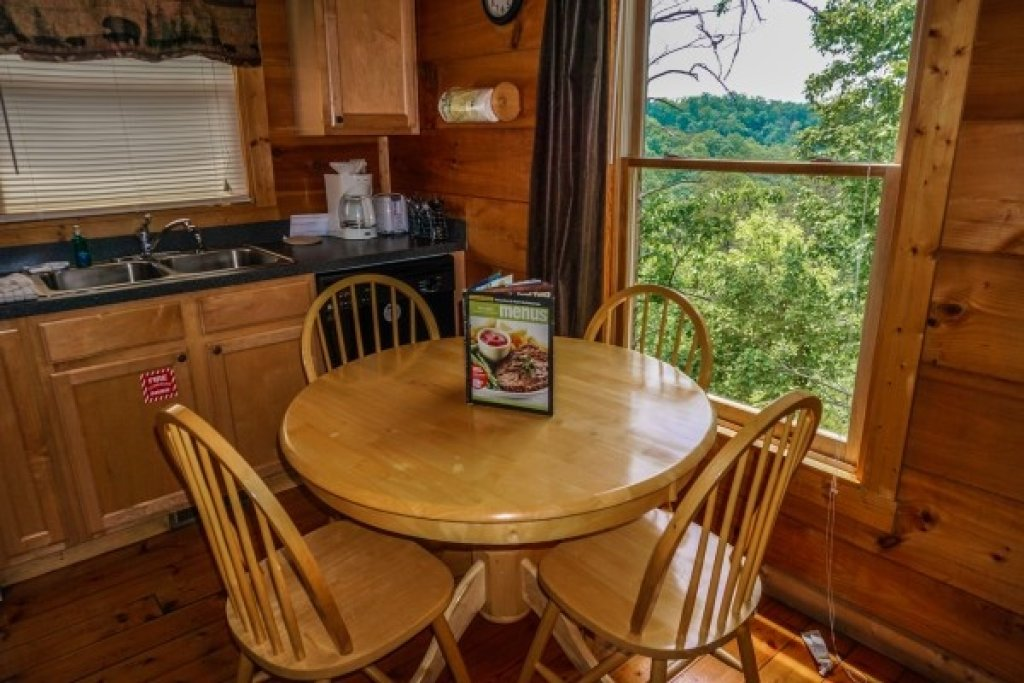 Photo of a Gatlinburg Cabin named Deerly Beloved - This is the twelfth photo in the set.