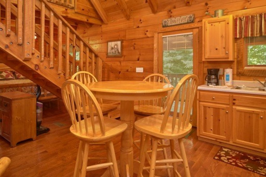 Photo of a Sevierville Cabin named Wild Crush - This is the fourth photo in the set.