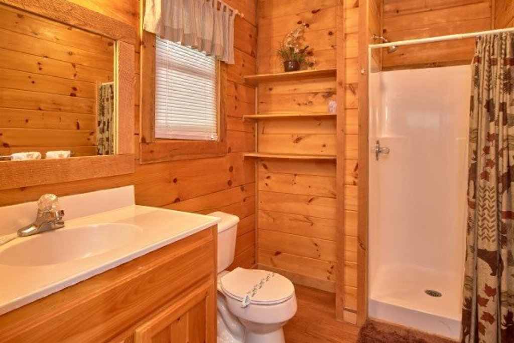 Photo of a Sevierville Cabin named Wild Crush - This is the tenth photo in the set.