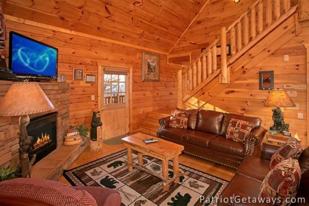 Photo of a Gatlinburg Cabin named The View - This is the fourth photo in the set.