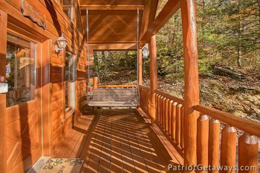 Photo of a Gatlinburg Cabin named The View - This is the twenty-third photo in the set.