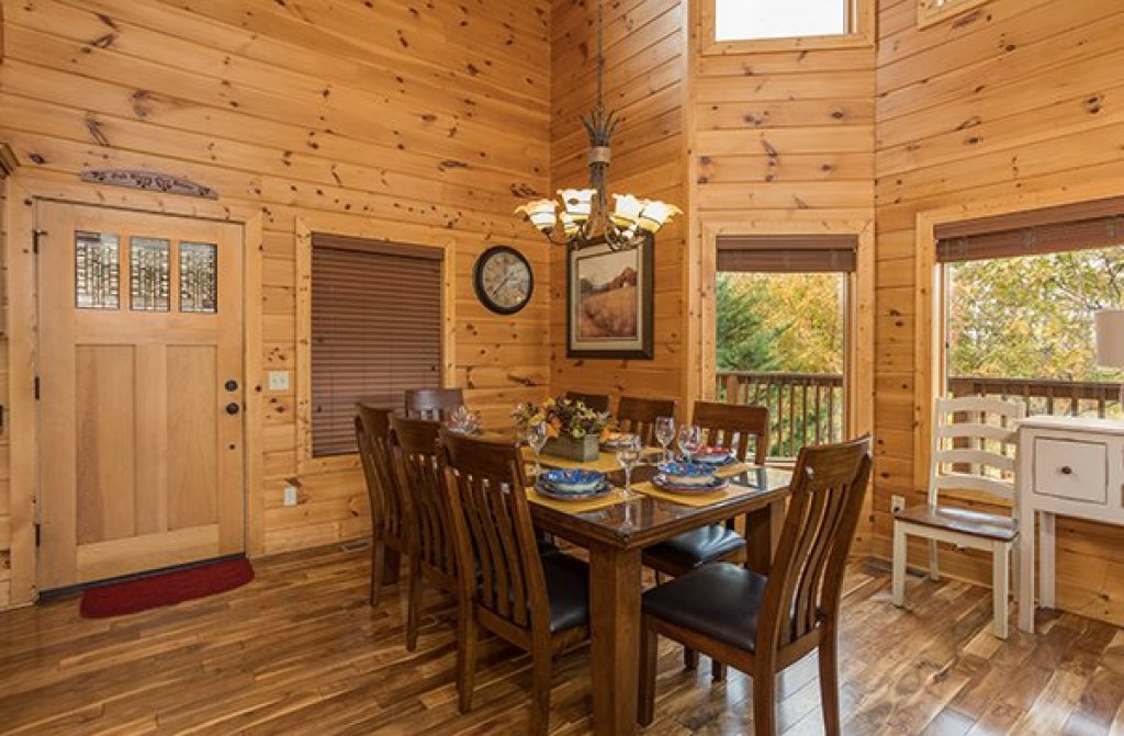Photo of a Pigeon Forge Cabin named Southern Sunrise - This is the seventh photo in the set.