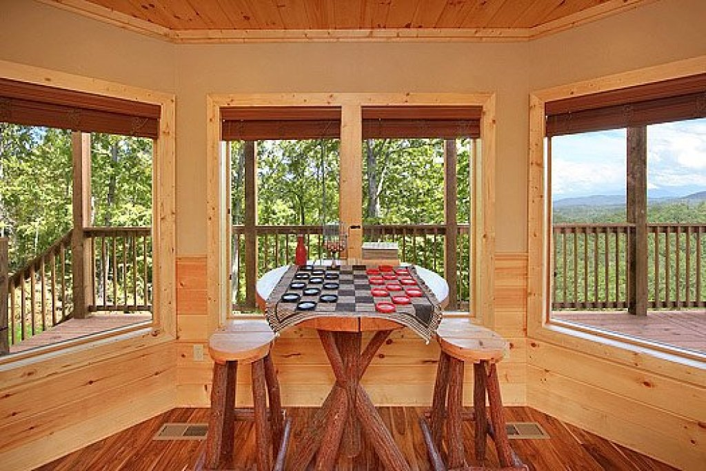 Photo of a Pigeon Forge Cabin named Southern Sunrise - This is the twentieth photo in the set.