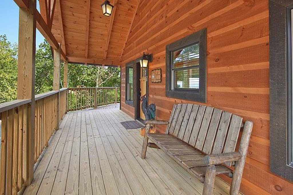 Photo of a Pigeon Forge Cabin named Southern Sunrise - This is the twenty-second photo in the set.