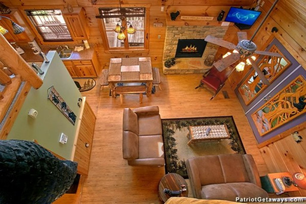 Photo of a Pigeon Forge Cabin named Picture Perfect Hideaway - This is the fourth photo in the set.