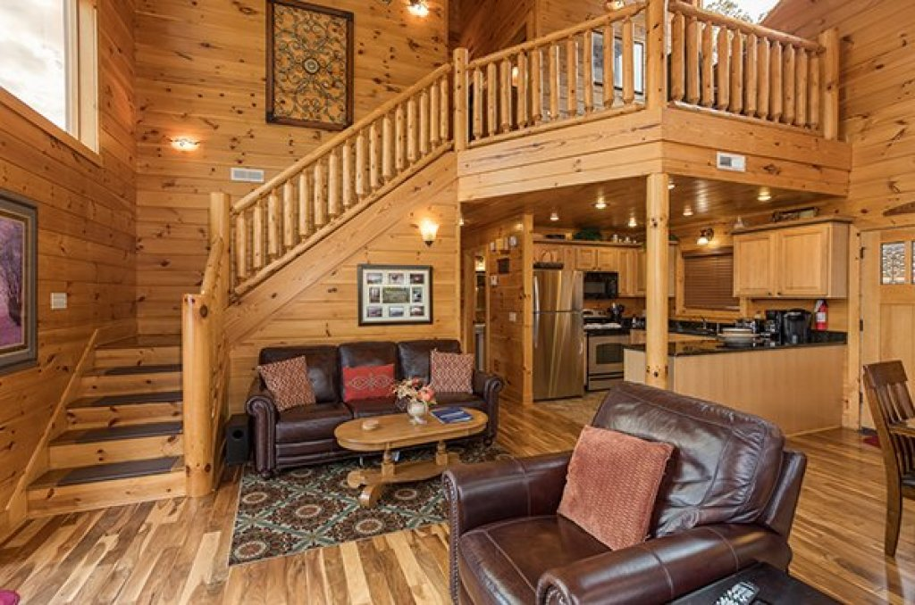 Photo of a Pigeon Forge Cabin named Southern Sunrise - This is the fifth photo in the set.