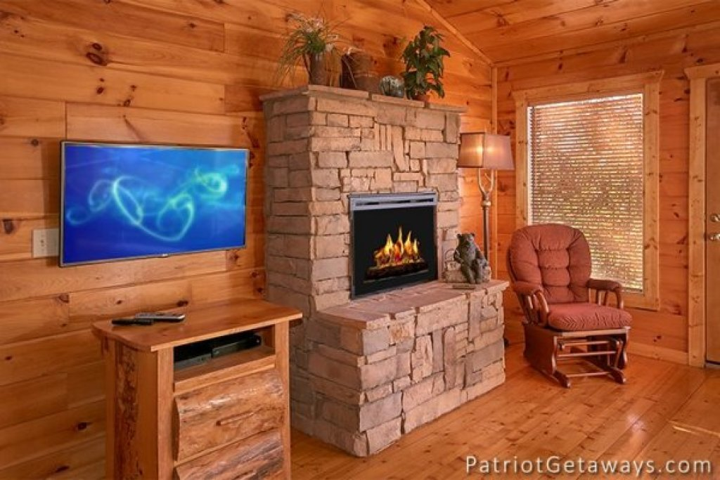 Photo of a Gatlinburg Cabin named The View - This is the thirteenth photo in the set.