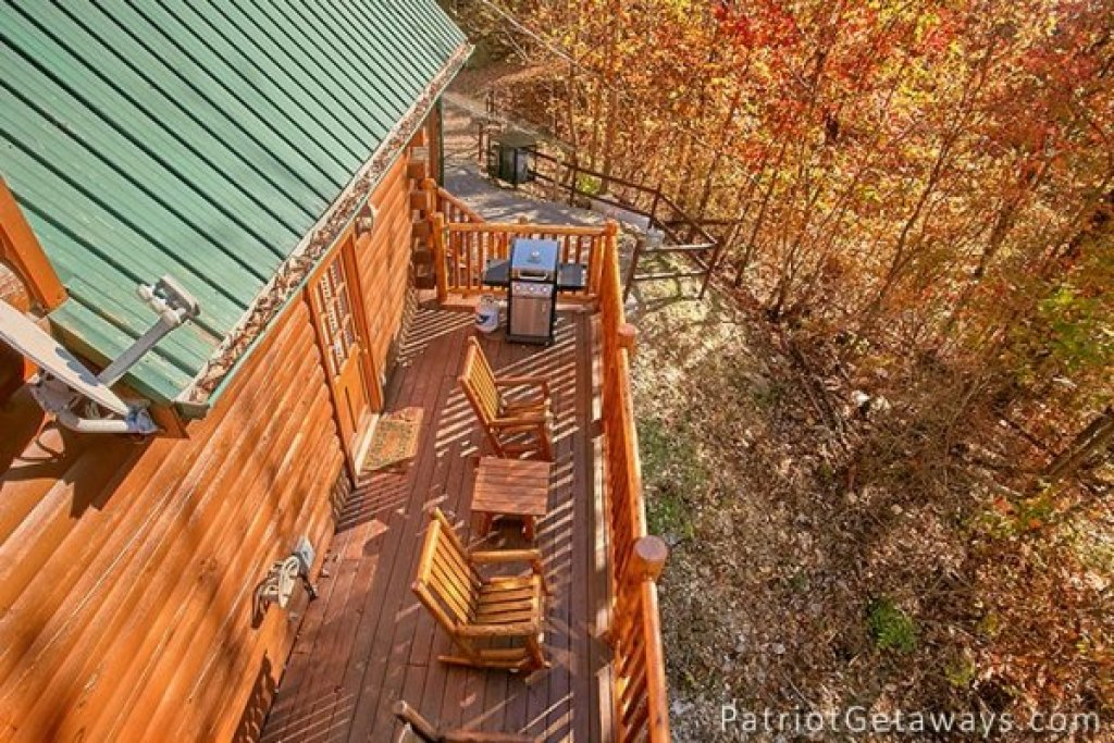 Photo of a Gatlinburg Cabin named The View - This is the nineteenth photo in the set.