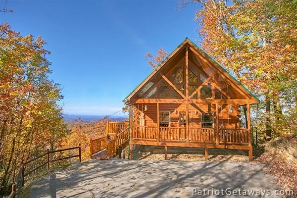 Photo of a Gatlinburg Cabin named The View - This is the twenty-fifth photo in the set.