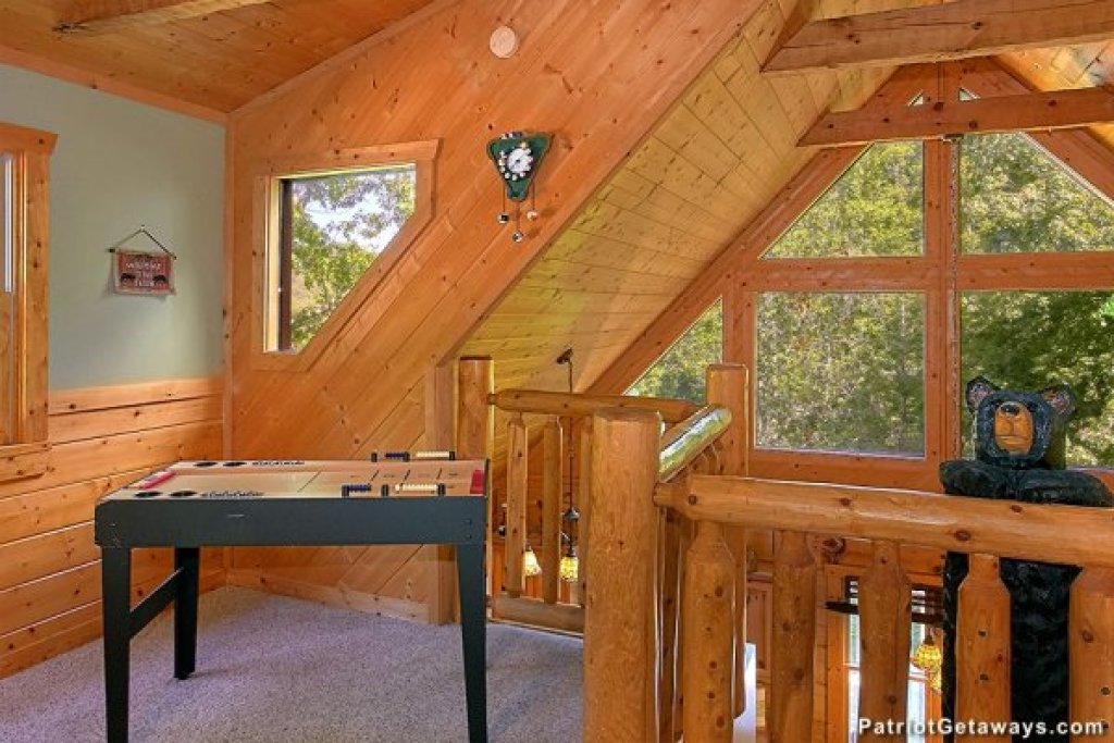 Photo of a Pigeon Forge Cabin named Picture Perfect Hideaway - This is the twenty-third photo in the set.
