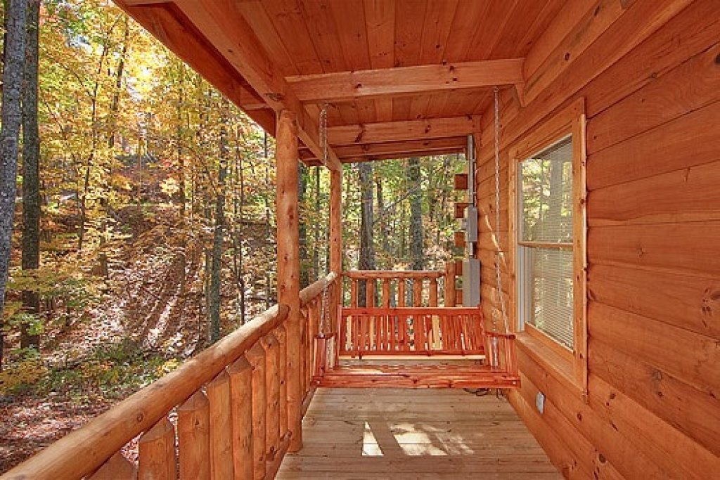 Photo of a Gatlinburg Cabin named Tucked Away - This is the twelfth photo in the set.