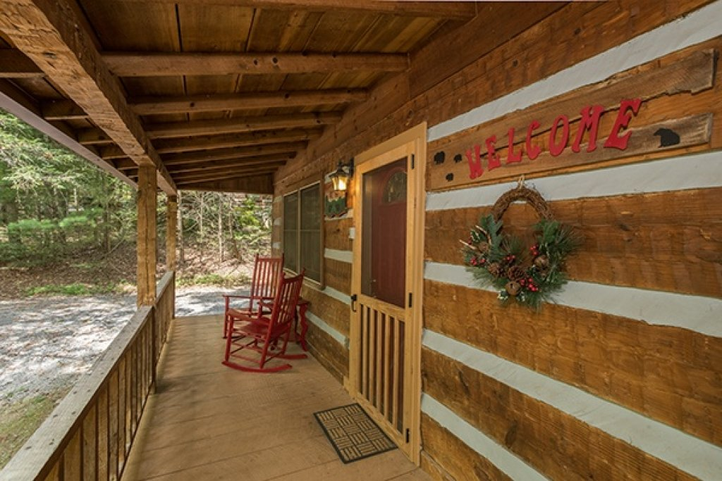Photo of a Sevierville Cabin named Little Bear - This is the nineteenth photo in the set.
