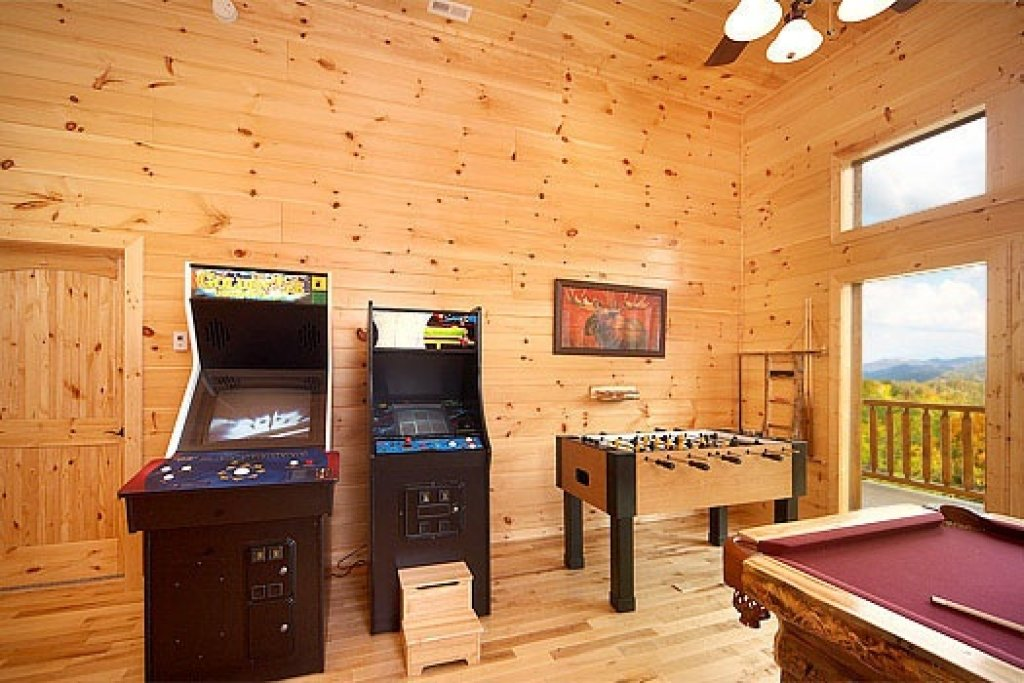 Photo of a Sevierville Cabin named Don't Blink! - This is the sixteenth photo in the set.