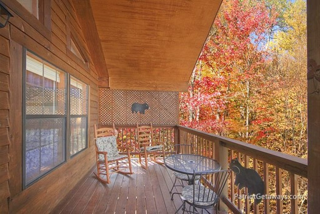 Photo of a Gatlinburg Cabin named Mountain Manor - This is the ninth photo in the set.