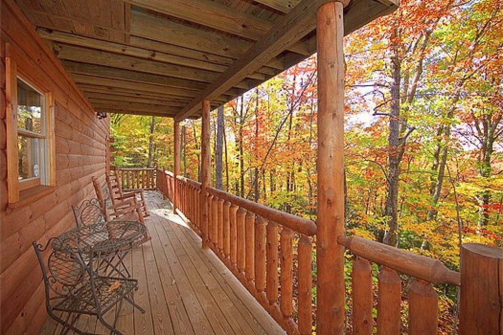 Photo of a Gatlinburg Cabin named Tucked Away - This is the thirteenth photo in the set.