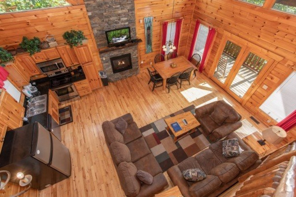 Photo of a Gatlinburg Cabin named Summit View - This is the twelfth photo in the set.