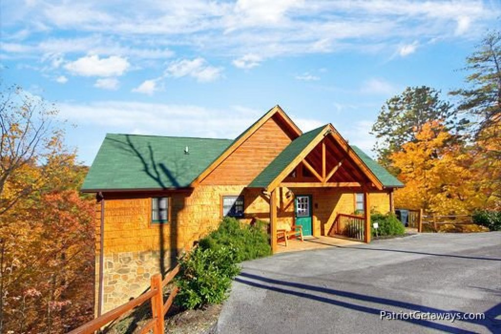 Photo of a Pigeon Forge Cabin named Southern Comfort Inn - This is the thirtieth photo in the set.