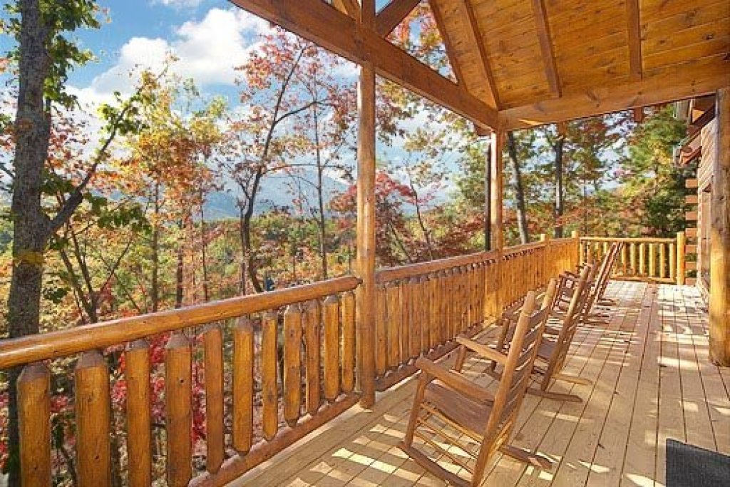 Photo of a Gatlinburg Cabin named Summit View - This is the seventh photo in the set.