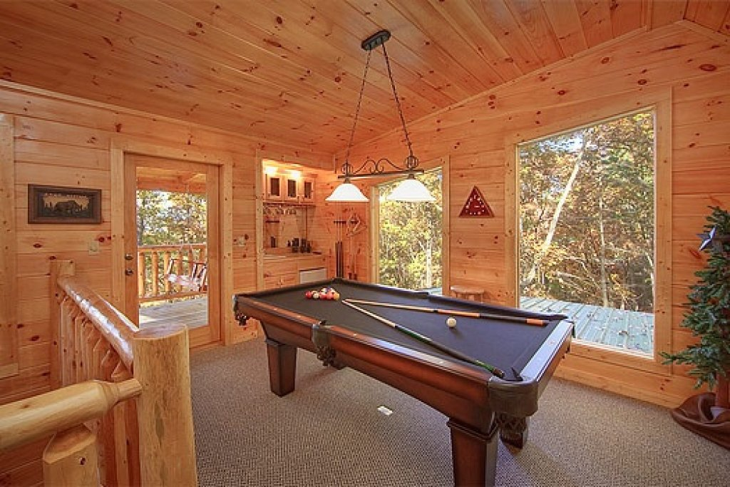 Photo of a Gatlinburg Cabin named Tucked Away - This is the third photo in the set.