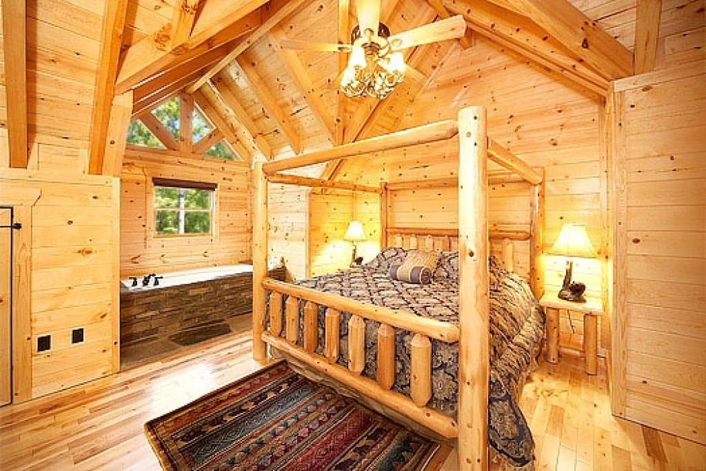 Photo of a Gatlinburg Cabin named Incredible! - This is the fifteenth photo in the set.