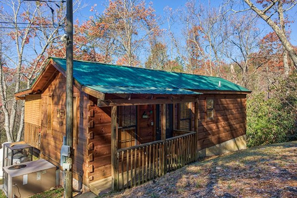 Photo of a Gatlinburg Cabin named Boogie Bear - This is the fourteenth photo in the set.