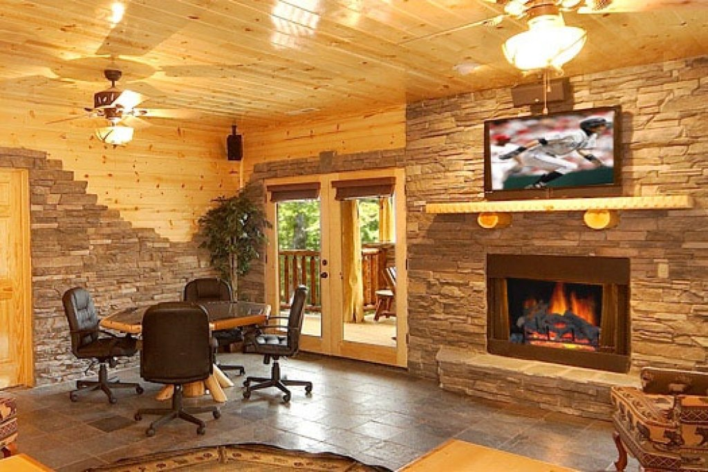 Photo of a Gatlinburg Cabin named Incredible! - This is the twenty-third photo in the set.