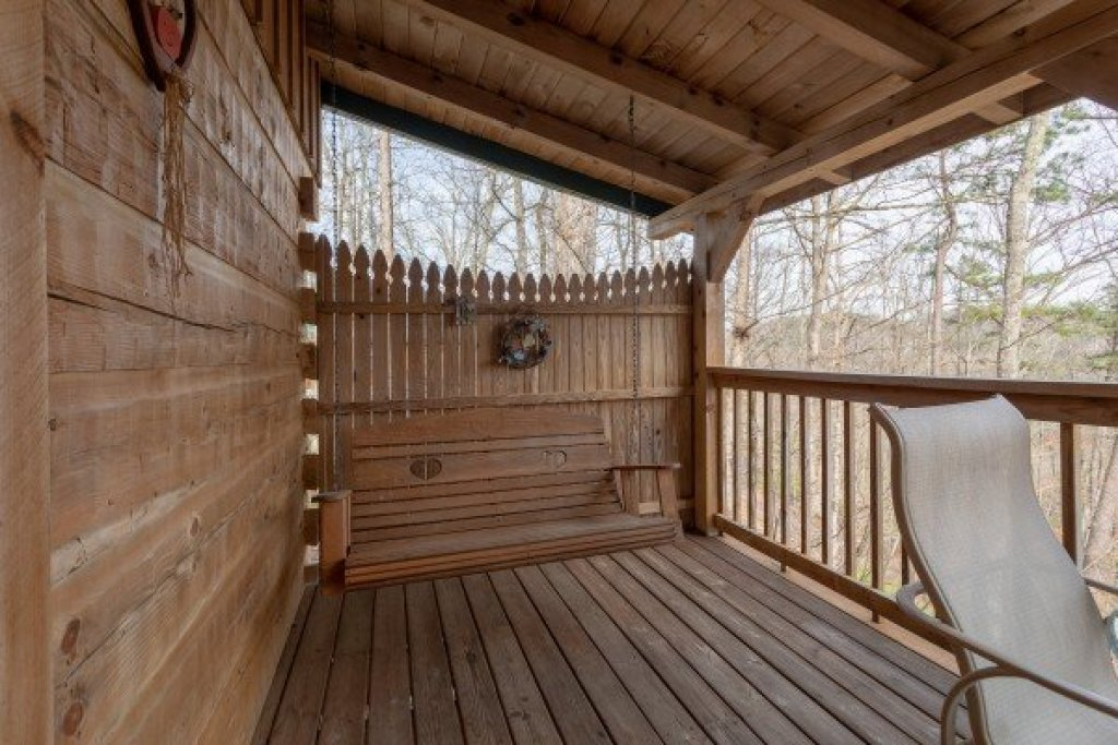 Photo of a Sevierville Cabin named Loving You - This is the eighth photo in the set.