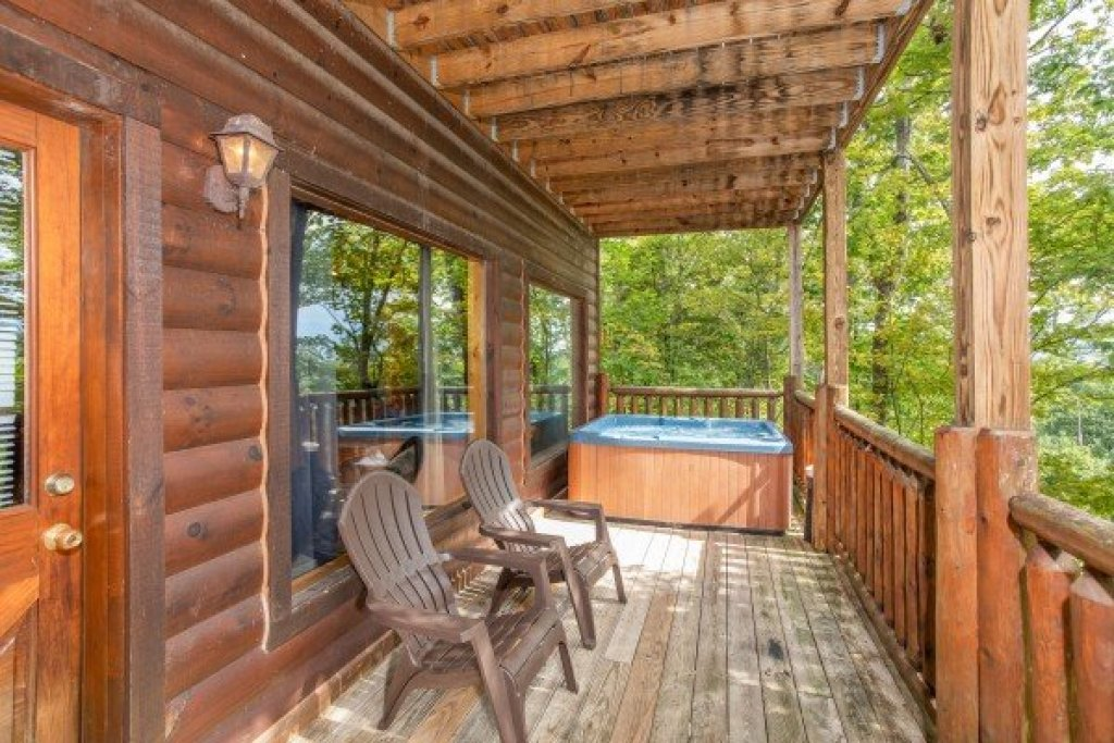 Photo of a Gatlinburg Cabin named Summit View - This is the twenty-first photo in the set.