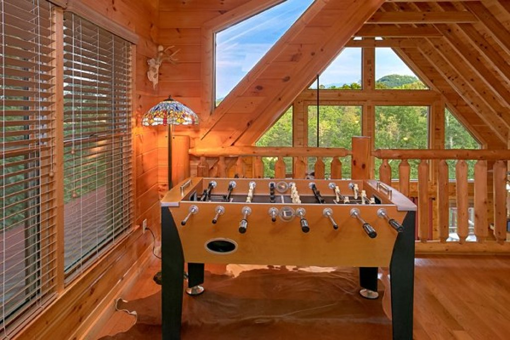 Photo of a Sevierville Cabin named Mountain Wonderland - This is the twenty-second photo in the set.