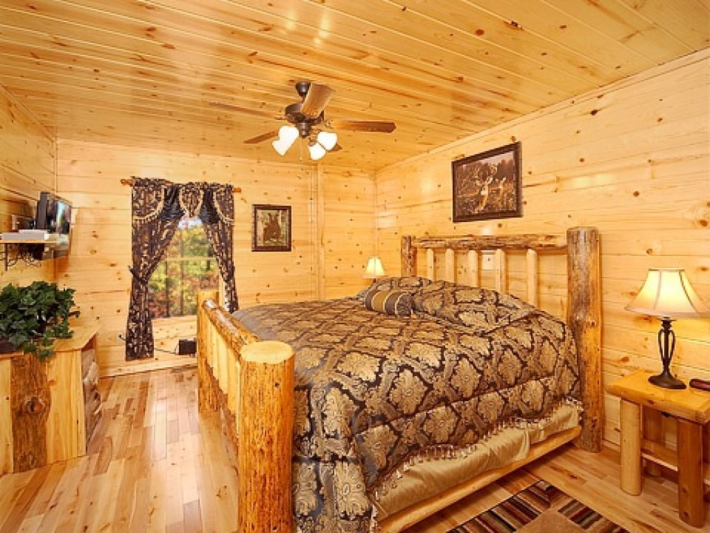 Photo of a Gatlinburg Cabin named Natural Wonder - This is the ninth photo in the set.