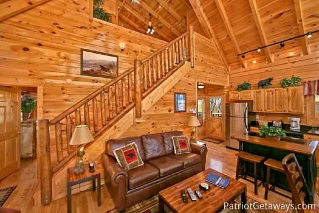 Photo of a Gatlinburg Cabin named Tree Top Lodge - This is the fifth photo in the set.