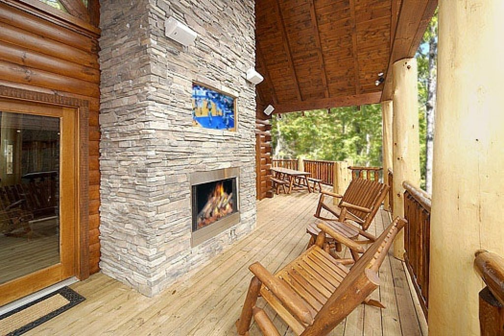 Photo of a Gatlinburg Cabin named Incredible! - This is the twelfth photo in the set.