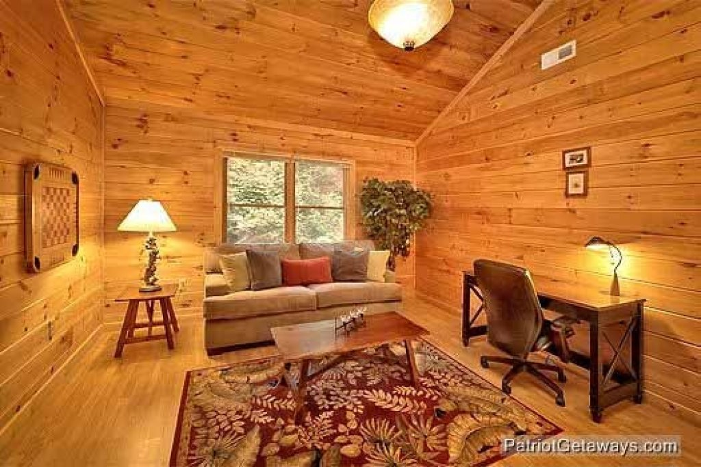 Photo of a Sevierville Cabin named Bear Creek - This is the eighteenth photo in the set.