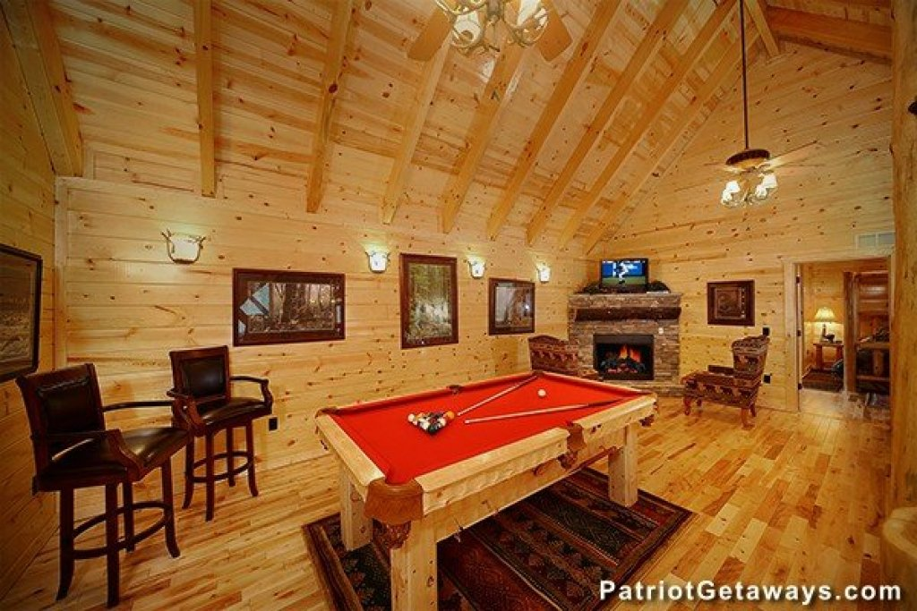 Photo of a Gatlinburg Cabin named Incredible! - This is the seventeenth photo in the set.