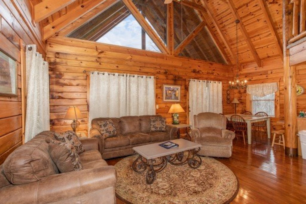 Photo of a Pigeon Forge Cabin named The Cowboy Way - This is the fifth photo in the set.