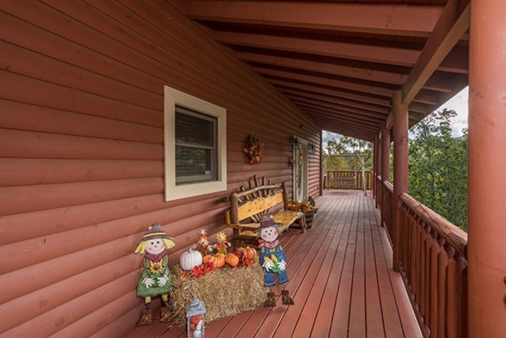 Photo of a Sevierville Cabin named Mountain Wonderland - This is the thirty-fourth photo in the set.