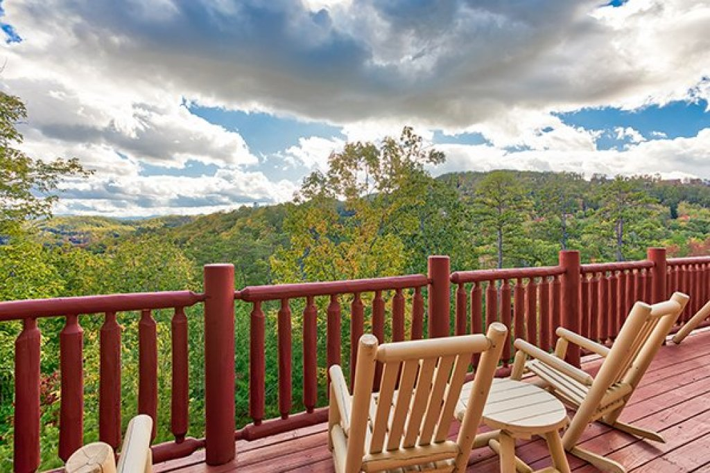 Photo of a Sevierville Cabin named Mountain Wonderland - This is the nineteenth photo in the set.