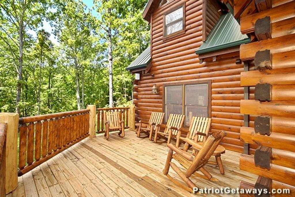 Photo of a Gatlinburg Cabin named Incredible! - This is the thirteenth photo in the set.