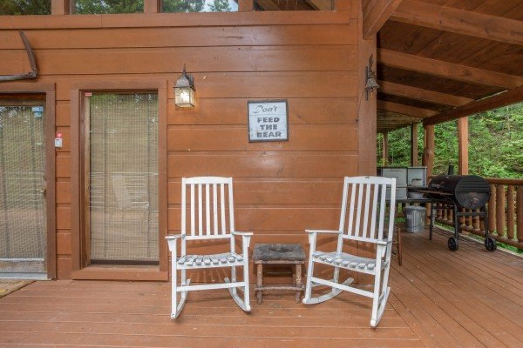 Photo of a Sevierville Cabin named Aw Paw's Place - This is the twentieth photo in the set.